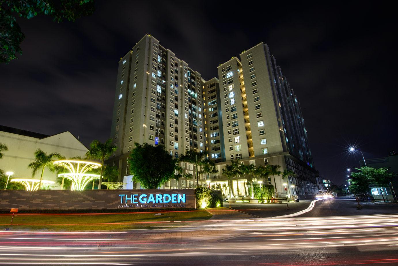 The Garden về đêm